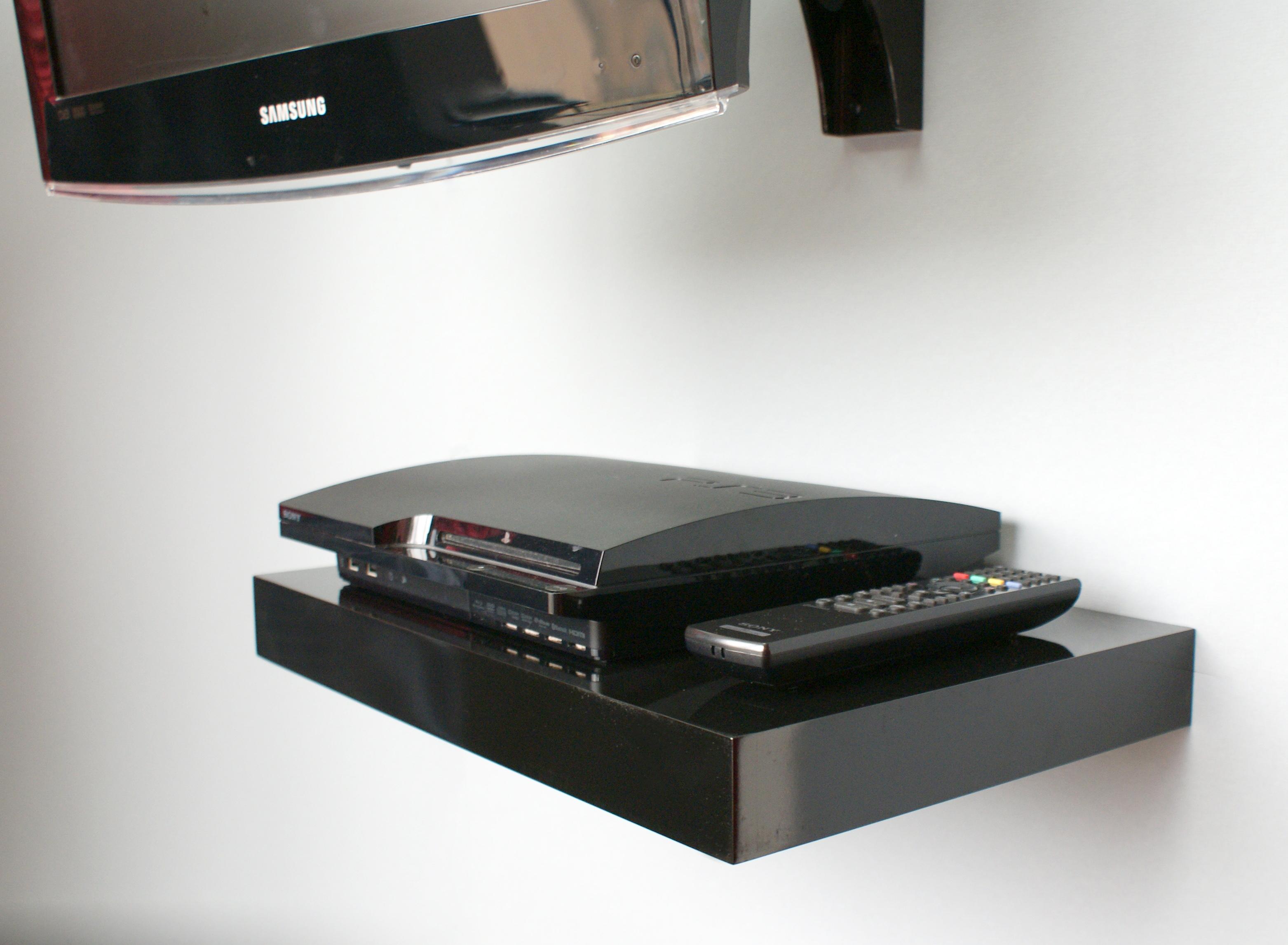 HGBLK media shelf TV