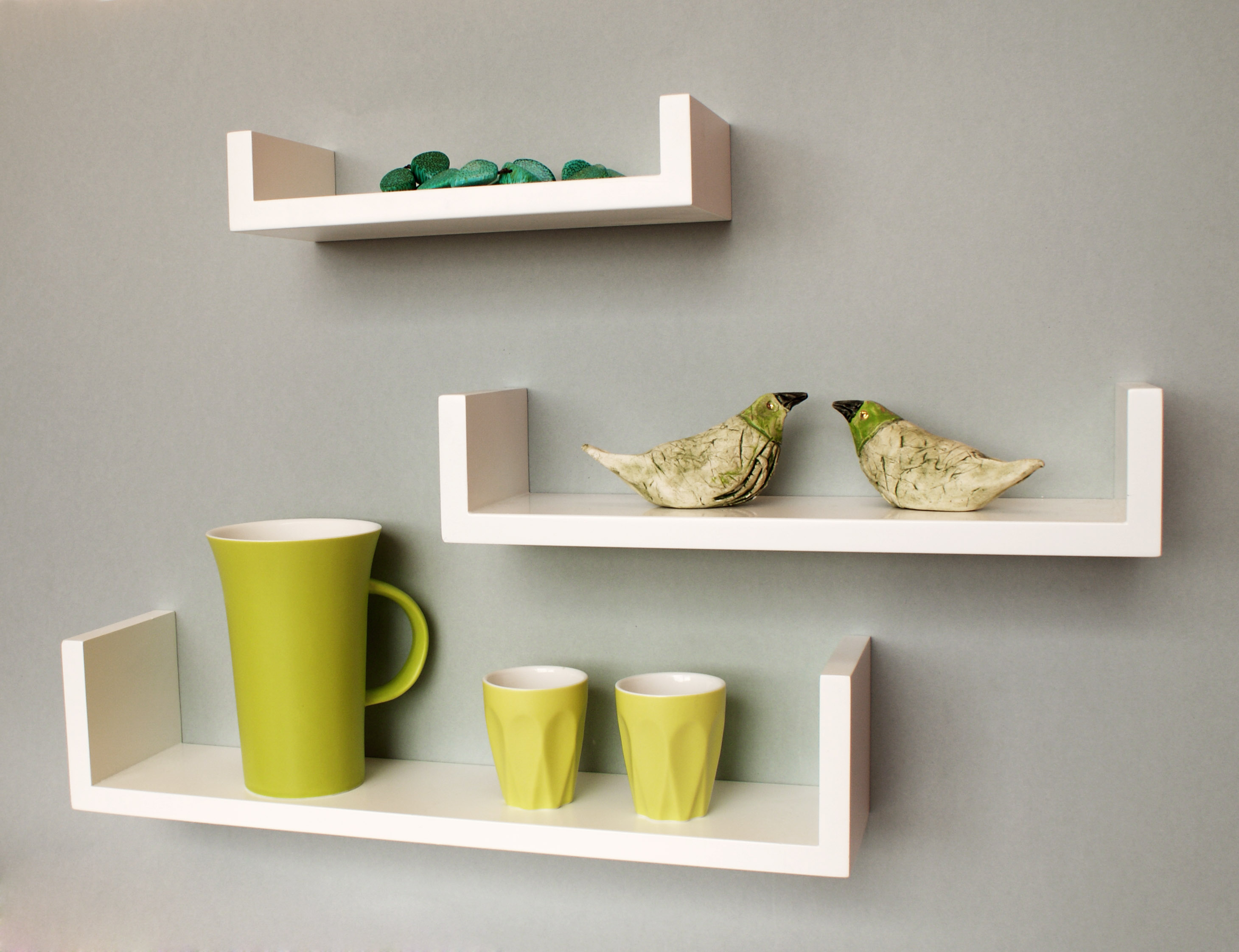 U x 3 Tres Shelf in situ